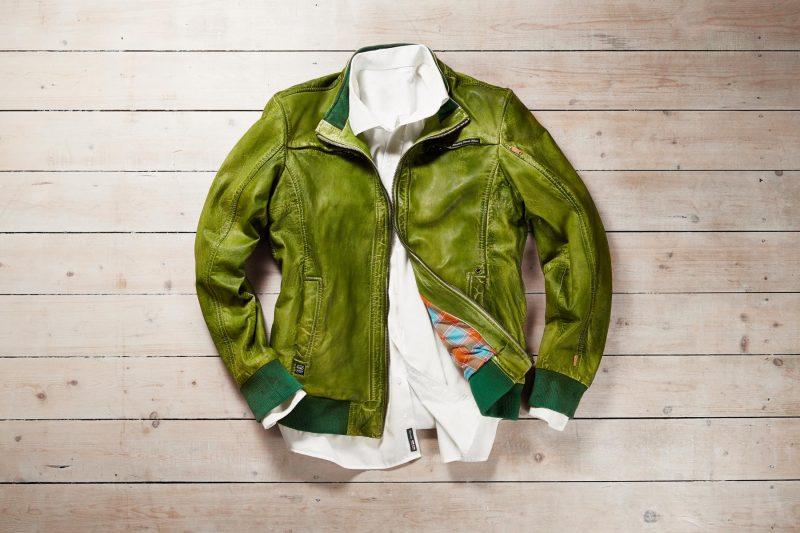 Grünes Leder
